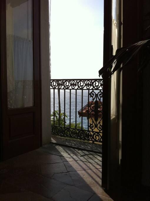 vista dal balcone del salone