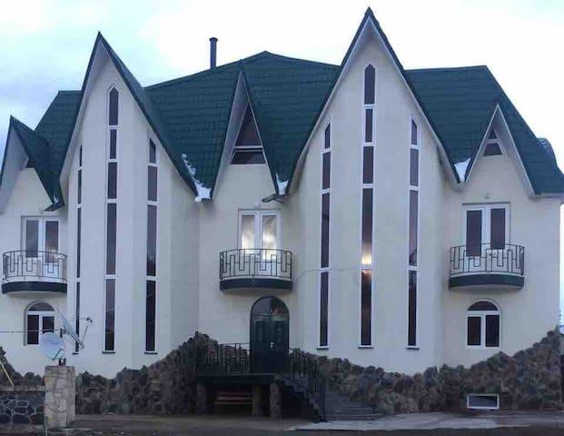 Hotel Tinatin