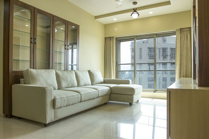 Spacious 3BHK with a Fabulous View @ Andheri West - Bombay - Appartement