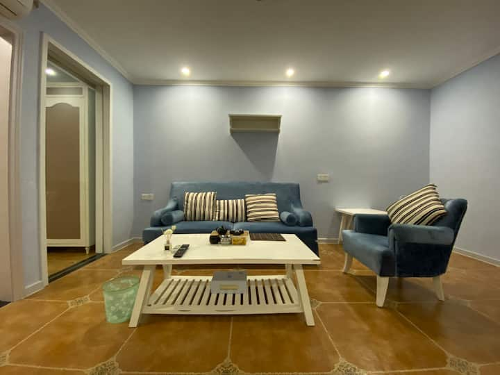 南澳岛温馨套房 距离市区仅5分钟车程 | 交通便利 | 2米超大床舒适空间 | 可住4人