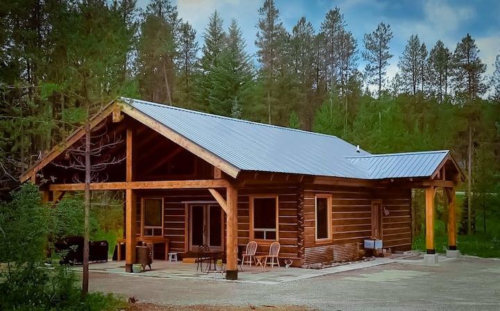 Rustic Luxury - MT Cabin on Glacier's Doorstep