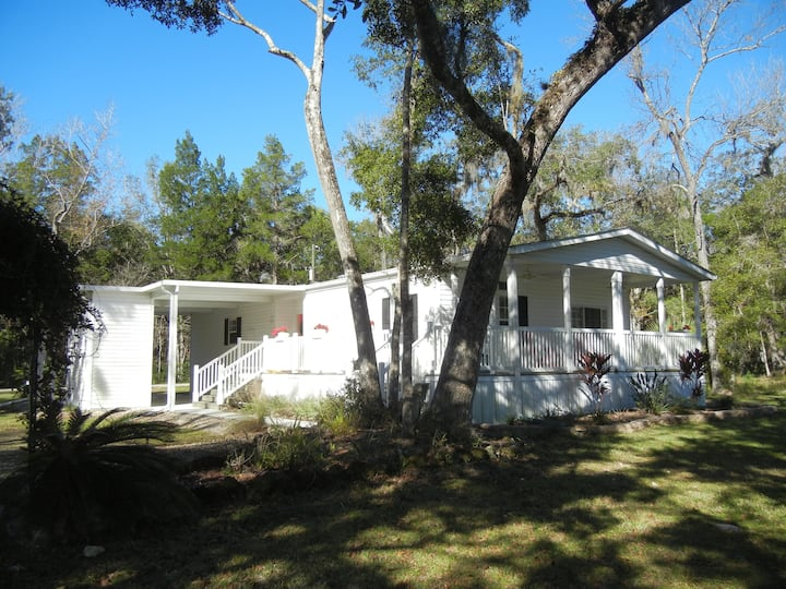 Lake Vista Villa near the Homosassa River
