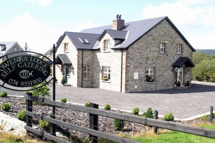 Owenea Lodge, Glenties, Co Donegal. Ireland