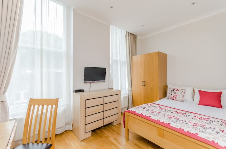 Cosy Studio Flat in Bloomsbury