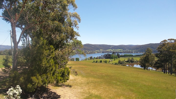 Private waterview retreat on the Huon