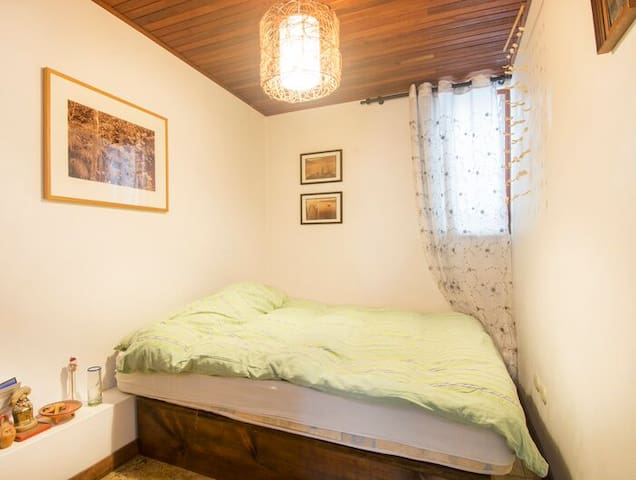 Bedroom with double bed or separate to have 2 single beds