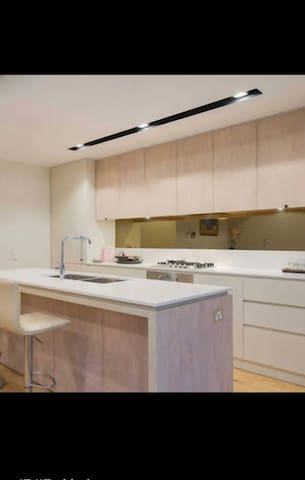 Contemporary APT at Parramatta CBD, walk to train - Parramatta - Apartment