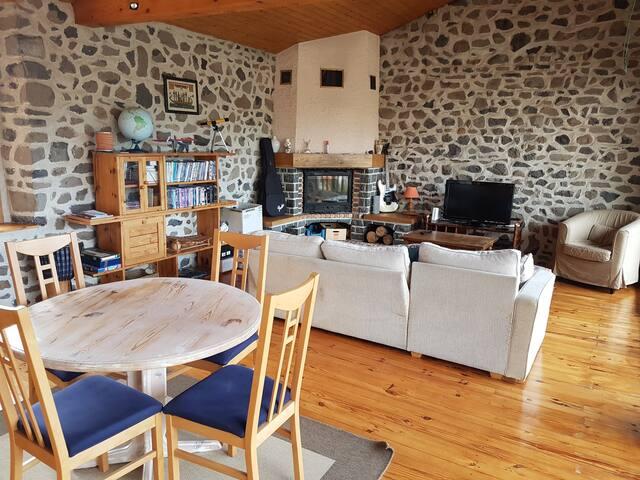 Charmante maison dans la campagne vellave.