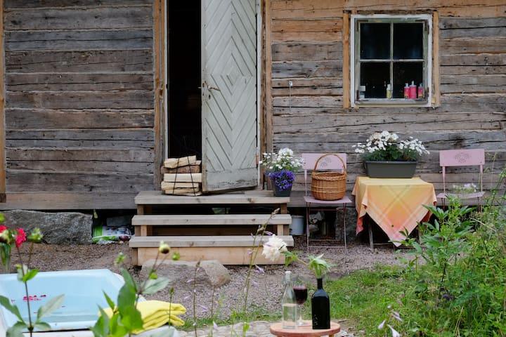Sauna cottage for detox experience nb Helsinki