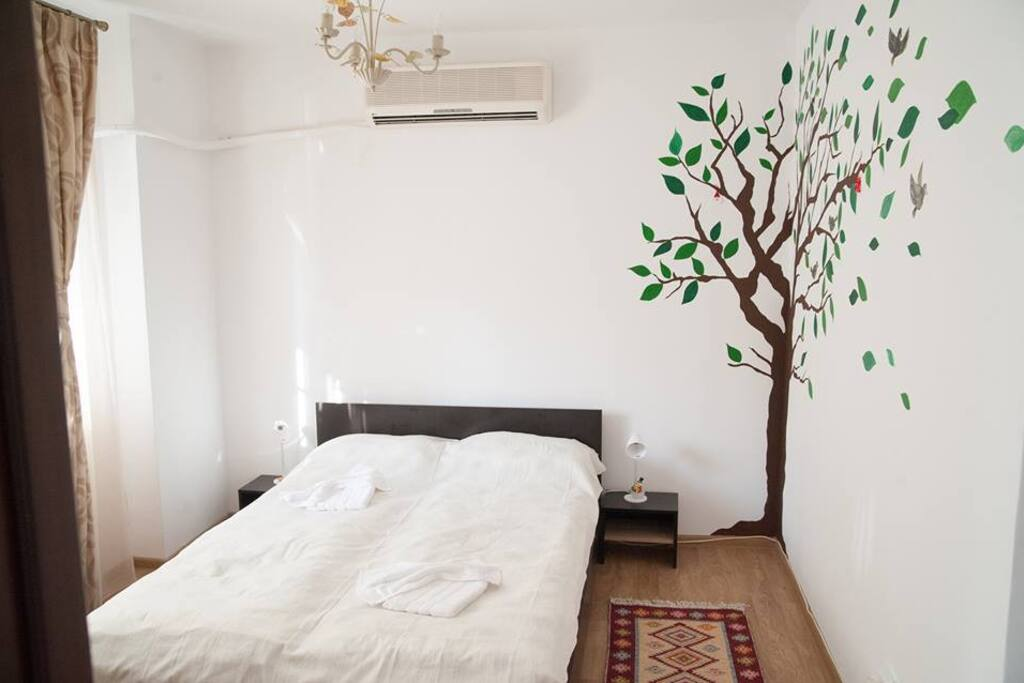 Comfy bedroom with mural painting ♡