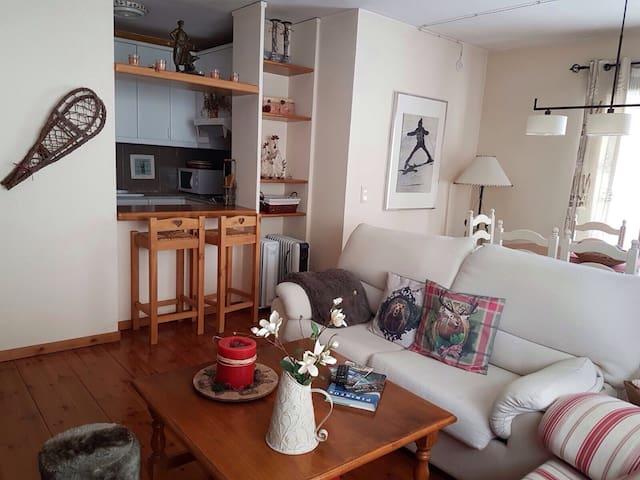 Excelente apartamento en el centro de Vielha - Viella - Condominium