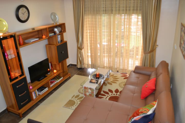***** Amaizing One Bed Room Near Parliament