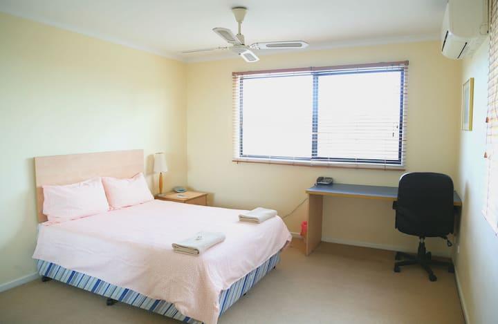 Robertson Holiday House - 3 bedroom 3 bathroom