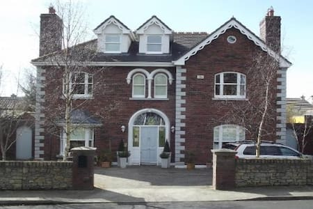 Beautiful Large 7-Bedroom Family Home in Killiney