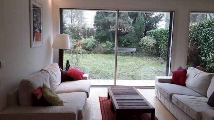 Chambres / grande maison cosy à 15 mn de Paris