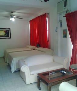 Best ApartHotel@the Best Price Apt#5 - Tela