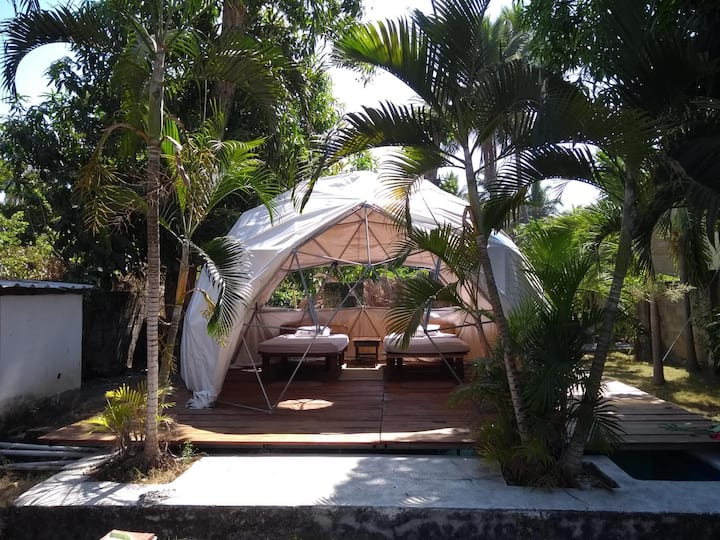 Domo Hostal Surfcamp in Playa El Tunco
