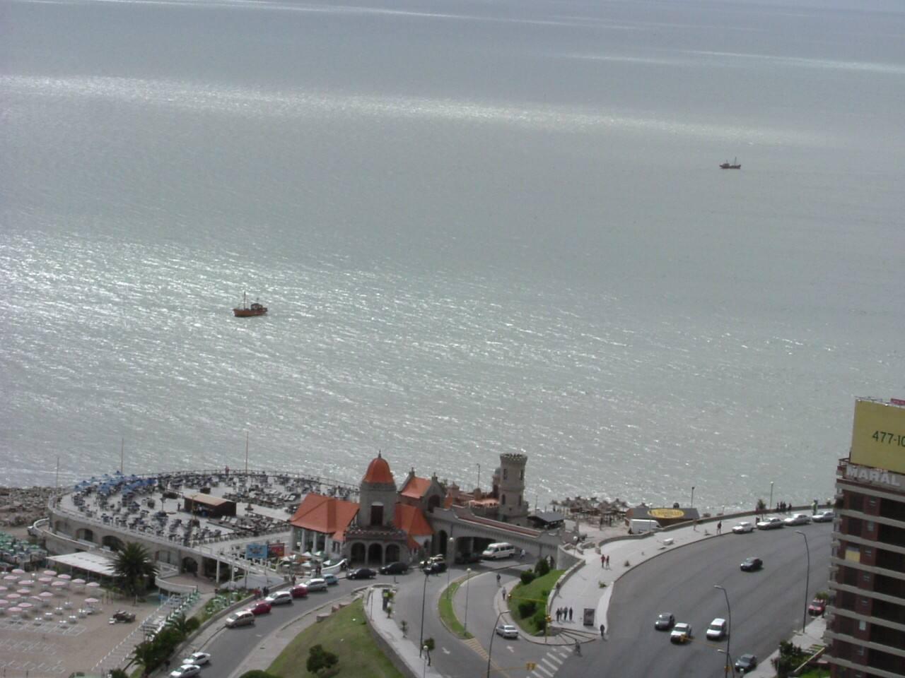 Vista desde el Balcon y desde el  Living del dormitorio
