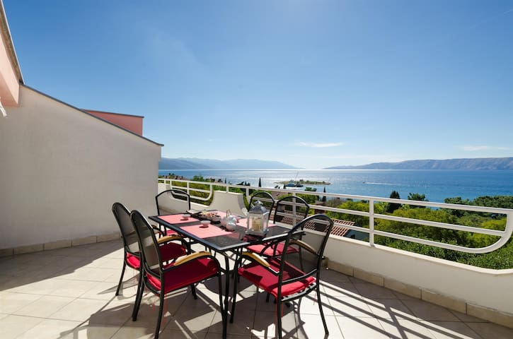 Two Bedroom Apartment, seaside in Novi Vinodolski (Crikvenica), Balcony
