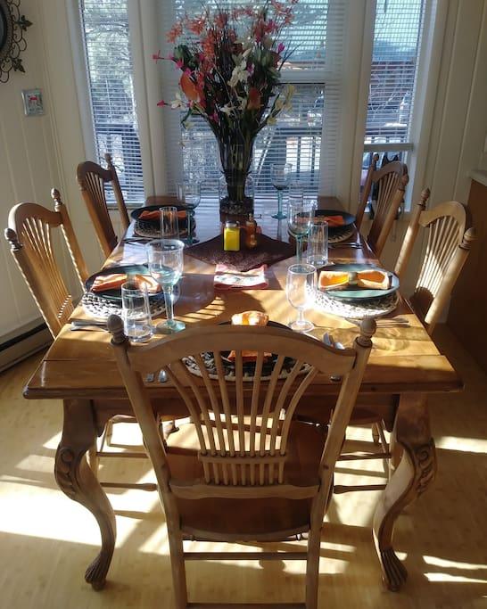 Light, Bright Dining Area