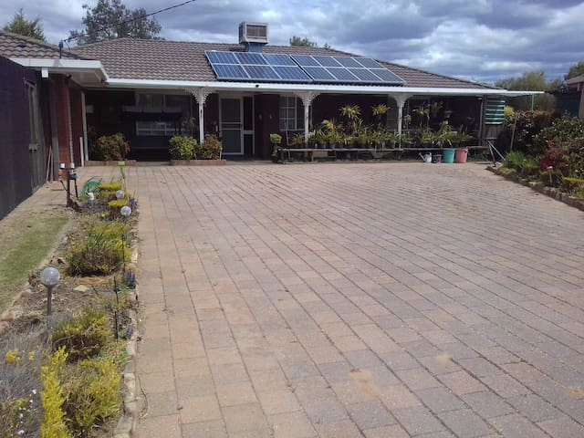 Golfing on the Murray at Golf View Court Berrigan