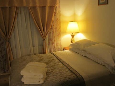 Private room-close to Miami Airport