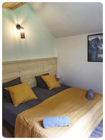Chambre avec au choix 2 lits en 90x200 ou 1 lit en 180x200