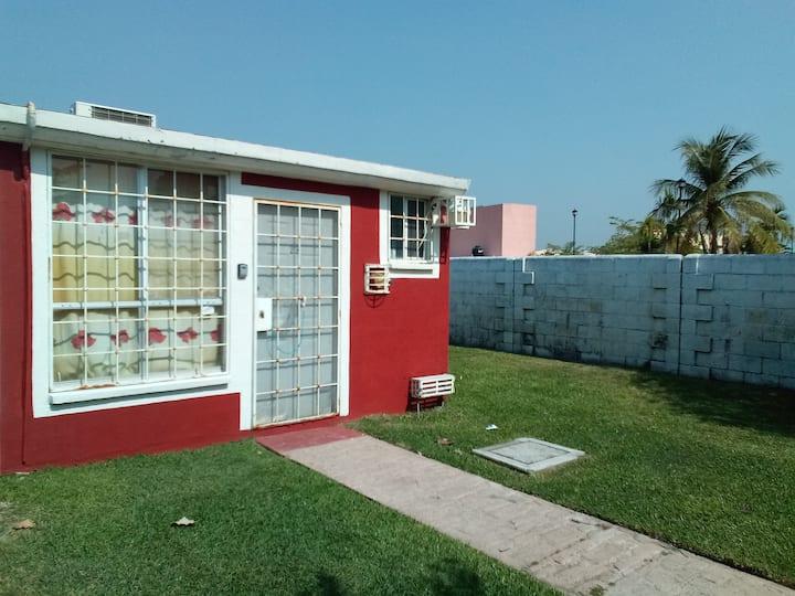 Casa familiar o de trabajo Zona Acapulco Diamante.