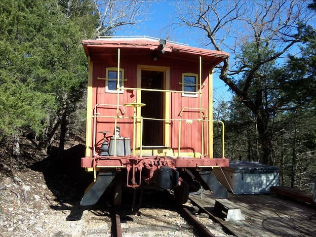 Caboose 103 - Old West theme, Full/Double Bed, Deck with Hot Tub, Private and Unique, Beautiful View