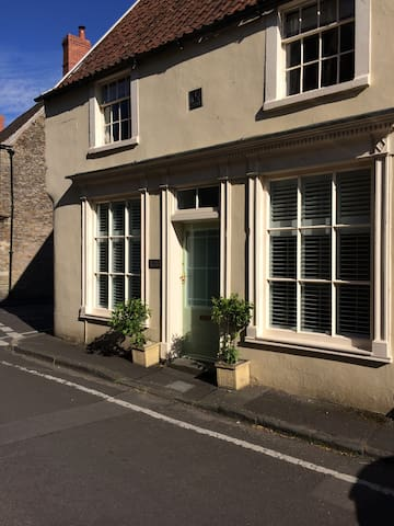 The Old Bakery - Grade II Listed cosy 2 bed House - Beckington - House