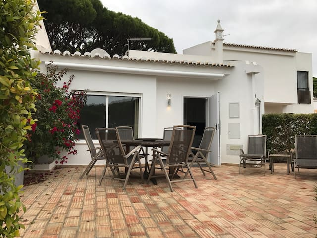 Beautiful house by the beach in Vale do Lobo