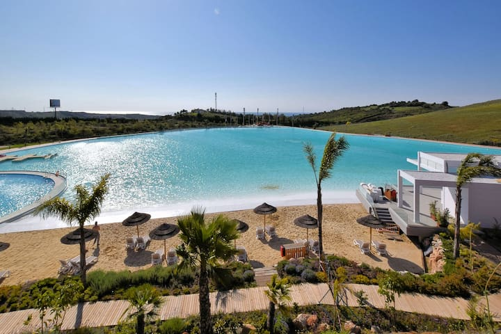 Luxurious Apartment in Estepona with Swimming Pool