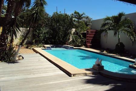 Aruba Cottage - Oranjestad