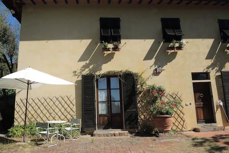Chianti country house near Florence - Falciani (Impruneta)