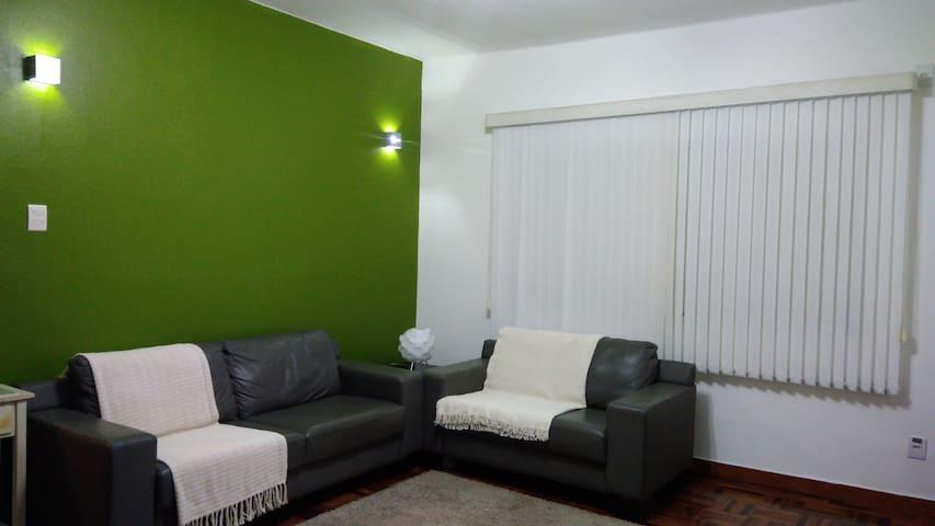 Apartamento lindo e espaçoso no Centro Histórico - Porto Alegre - Leilighet