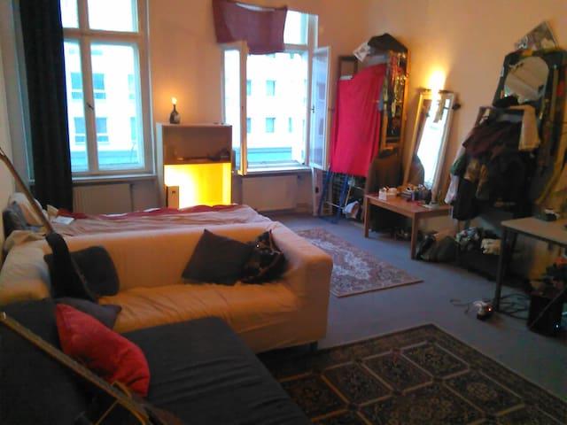 Berlin-Schöneberg Big Room