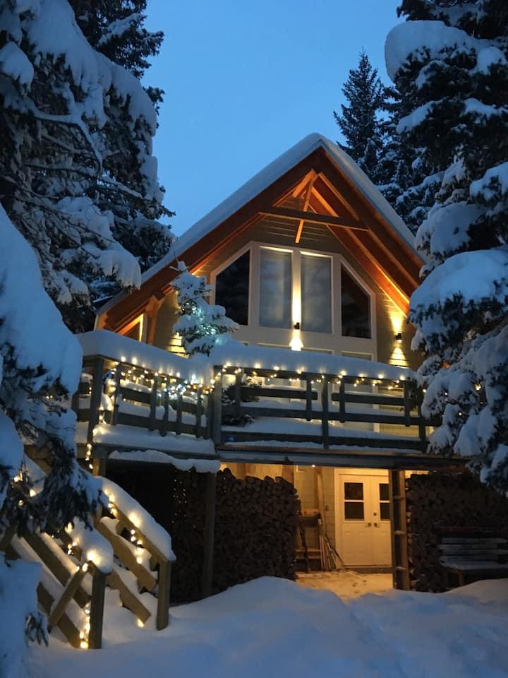 High Rustler House - Ski-in, Ski-out @ Castle