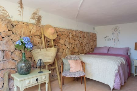 Quiet and comfortable in Benimussa - Sant Antoni de Portmany - Hus