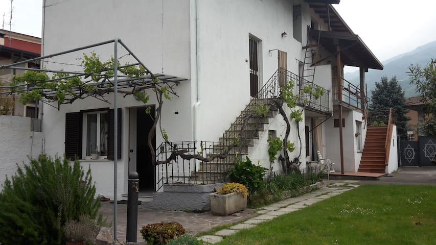 Affitta casa - Gratacasolo - Dom