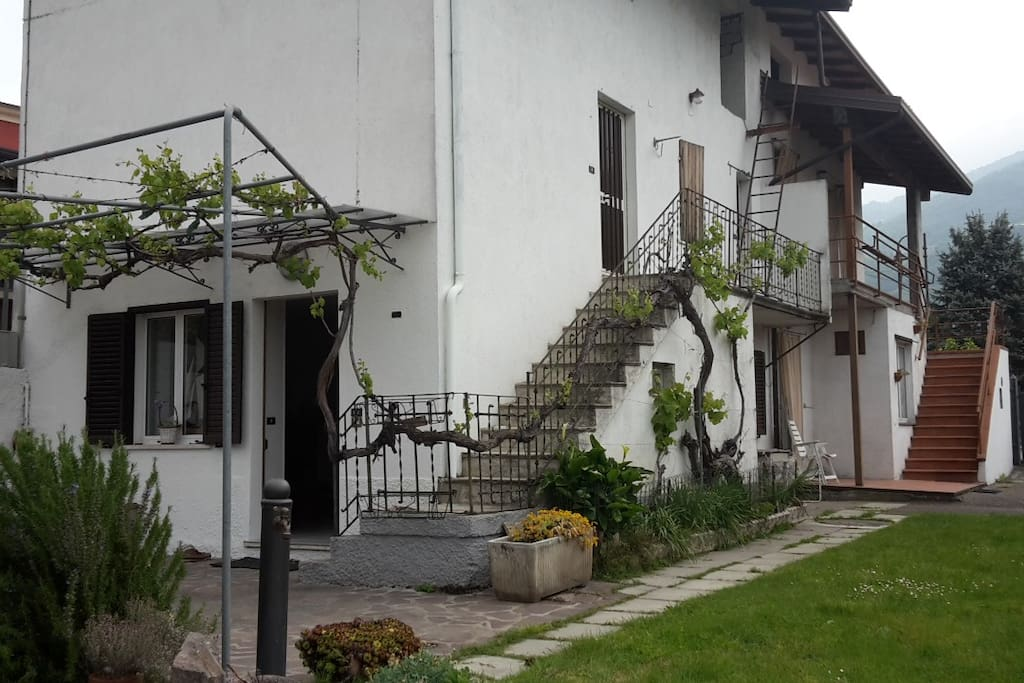 Affitta casa houses for rent in gratacasolo lombardia for Piani casa di campagna 2000 piedi quadrati