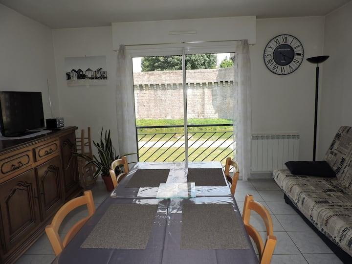Appartement 37 M2 face à  cité médiévale Guérande
