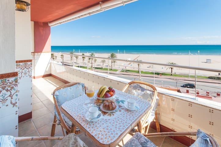 Apartamento en primera linea con vistas al mar - Grau i Platja