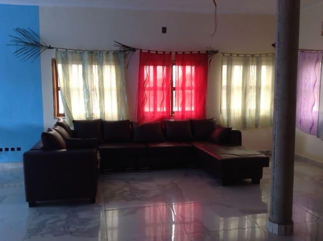 Très bel appartement à Abomey Calavi - Cotonou