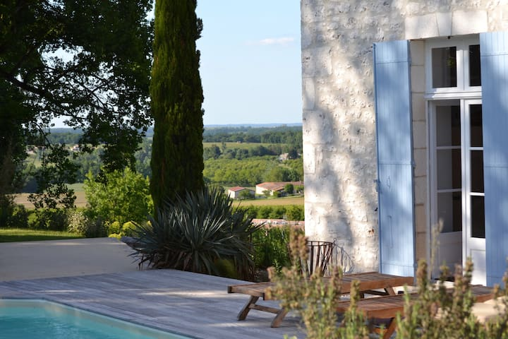 Stunning views and private pool • LOUBS • - Loubes-Bernac - Ev