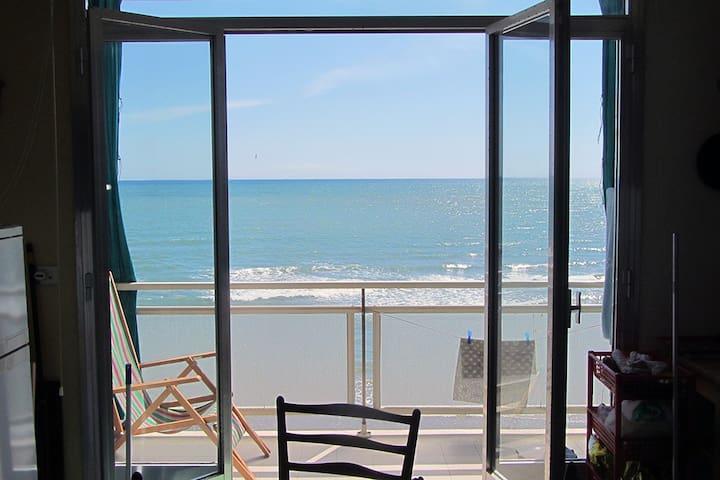 Appartamento a Nettuno fronte mare - Nettuno - Apartemen