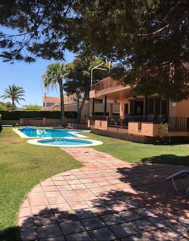 Casa Calabardina Beach House