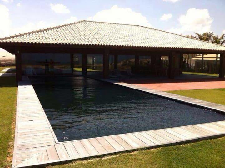 Casa de praia no morro branco. Vila Tabuba