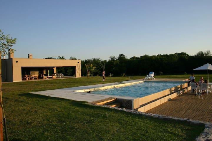 Casa de campo Ascochinga