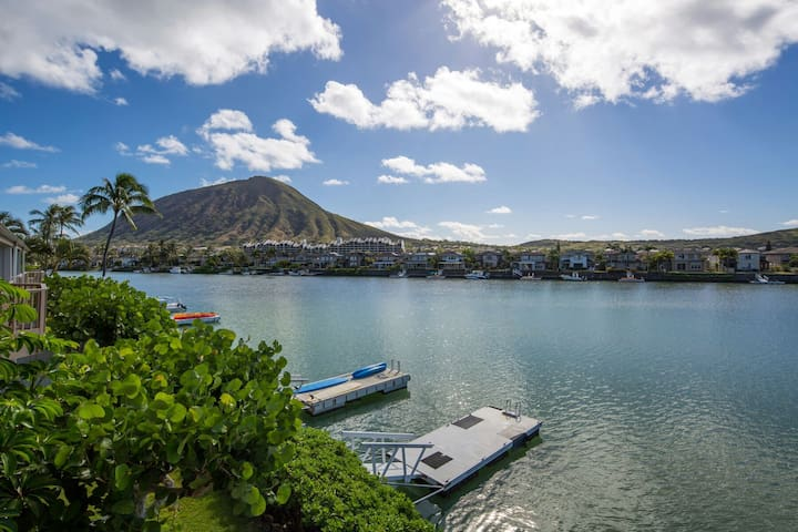 Waterfront! Spectacular View! Private! 3BR, 2BA - Honolulu - Townhouse
