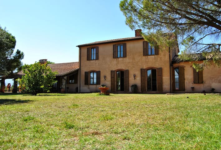 Beautiful villa with pool and panoramic view* - Cura Nuova - Villa